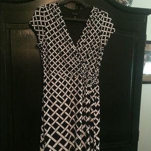 EUC White House Black Market dress